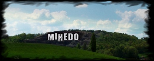 Mihedo_hollywood_sign_banner_cr_sig